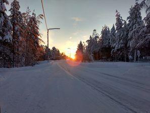 Aluguel de carros em Pello, Finlândia