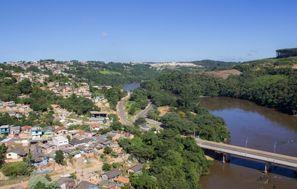 Sewa mobil Telemaco Borba, Brasil