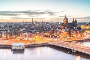 Menyewa kereta di Amsterdam, Belanda